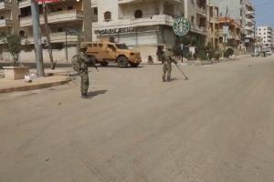 분쟁지역 시리아 아프린에서 포착된 짝퉁 '스타벅스'