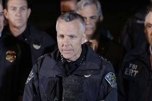 미 텍사스 연쇄 소포 폭탄 공격 24세 남성 용의자 자폭사망