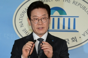 """이재명 '일베' 회원가입은 모니터링 때문? """"비회원도 열람가능"""""""