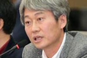 [시론] 문재인, 김정은, 트럼프의 계산법/김근식 경남대 정치외교학과 교수