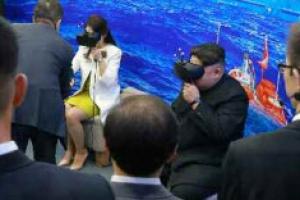 김정은, 중국서도 과학원 시찰…리설주와 'VR 체험'?