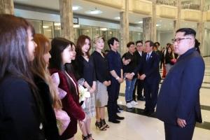 """김영철 """"남측 취재 제한 사죄""""… 관계개선 진정성 이례적 강조"""
