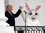 트럼프, 백안관서 '토끼…