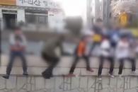 """[영상] 대구 어린이들 태극기 흔들며 """"문재인 빨갱이…"""
