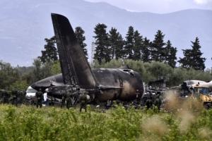 알제리 군수송기 추락 257명 사망