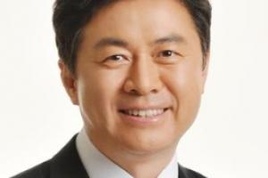 [장관의 책상] 바이오 연금술의 발견, '언더 더 시'/김영춘 해양수산부 장관