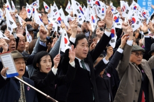 내년 임시정부 100돌 앞두고 '역사 바로잡기'