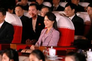 "CNN ""리설주 여사 호칭, 북한 권력구조 진화 신호일수도"""