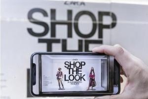 쇼윈도에 스마트폰 대면 가상피팅… 패션업계에 증강현실 바람 분다