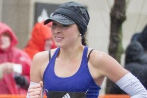 보스턴 마라톤 여자 준우승자는 정규직 간호사 셀러스