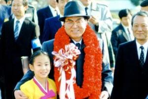 文대통령·김정은 판문점 첫 악수부터 전세계 생중계된다