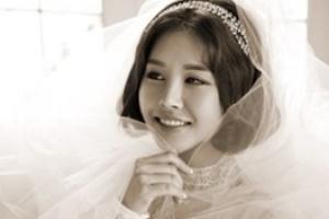 '4월의 신부' 박은지, 재미교포 회사원과 백년가약