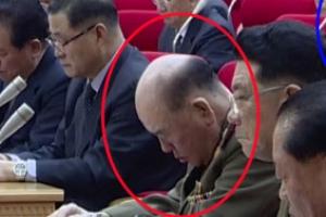 北 리명수, 김정은 연설 중 졸다 걸려…'불경죄'로 처형되나