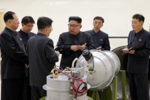 """""""北, 핵 사찰 수용 가능성 시사""""… CVID·경제발전 맞바꾼다"""