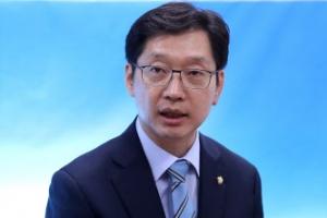 """""""드루킹 돈거래 당사자가 해명할 일"""" 보좌관 개인 문제로 선 긋는 김경수"""