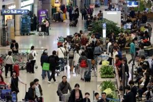 3월 중국인 관광객 11.8%↑…1년만에 다시 늘어