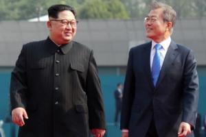 """[남북정상회담] 김정은 위원장 건강 """"최상위 비만…통풍조절은 잘 돼"""""""