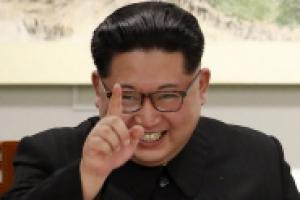 골초였던 김정은, 남북 정상회담 만찬에서는 흡연 자제