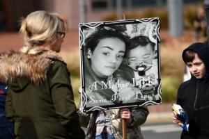 '연명 치료 논란' 영국 아기, 끝내 하늘나라로