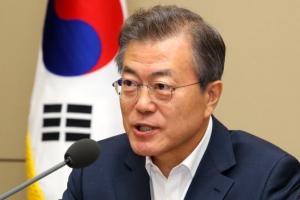 """문 대통령 """"주한미군은 한미동맹의 문제"""""""