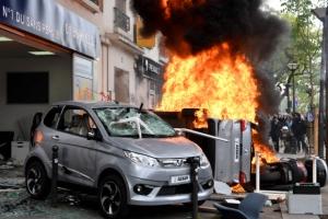 프랑스 전역 마크롱 개혁 반대 시위