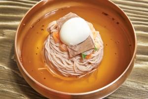 [장준우의 푸드 오디세이] 통일의 상징이 된 음식, 평양냉면과 파스타