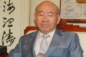 [단독]문무일의 대검, 전두환 기소 보류 지시 부적절 논란