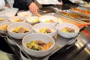 [서울포토] 오늘 청와대 구내식당 메뉴는 '평양냉면'