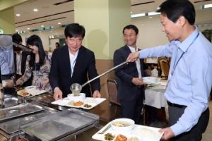 청와대 구내식당 메뉴도 '평양냉면'