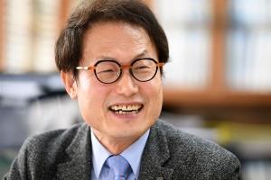 조희연, 진보 단일 후보… 서울교육감 '4파전'
