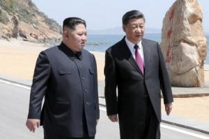 """김정은, 美 보란 듯 """"한반도 비핵화 단계별·동시적 해결해야"""""""