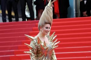 [포토] '제71회 칸영화제', 뾰족하게 선 머리…가시 돋친 드레스