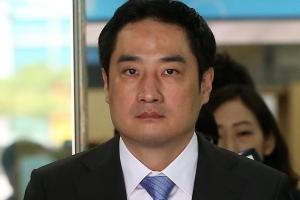 """도도맘 전 남편 """"소송문서 위조에 강용석 관여했을 것"""" 주장"""