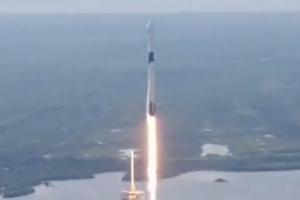 [영상]스페이스X, '블록 5' 로켓 발사 성공…우주여행 현실 되나