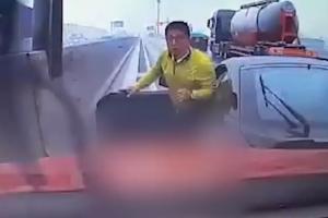 고속도로서 의식 잃은 운전자 고의사고로 구해낸 의인