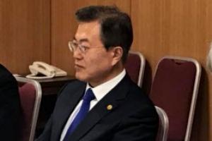문대통령, 일정 비운 채 한미정상회담 준비 전념