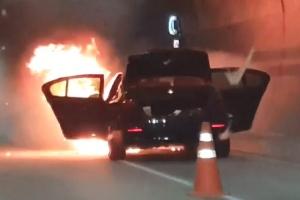 제2영동고속도로 곤지암 터널서 화재…인명피해 없어
