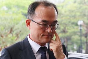 [단독]정당 수사지휘냐, 부당 개입이냐···전두환 기소보류 지시 왜?