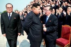 북한 당 중앙군사위 확대회의 개최... 김정은, 군부 정비한 듯