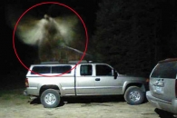 美 미시간, 픽업트럭 위서 포착된 천사의 모습