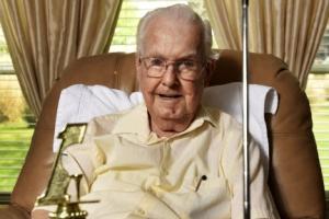 미국 93세 노인, 생애 마지막 라운드에서 홀인원 감격