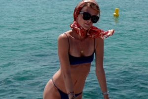 [포토] '비키니몸매 과시' 해변의 추억