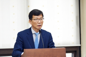 """유영록 김포시장, """"김포도시철도 개통연기 사과… 공사기간 재점검해 혼란 최소화하겠…"""