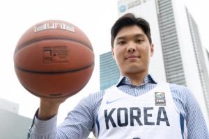평일엔 직장인 주말엔 농구선수… 국가대표의 '이중생활'