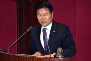 [서울포토] 국회 본회의서 발언하는 홍문종 의원