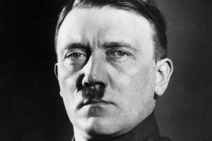 """""""히틀러 정말 죽었다"""" 佛연구팀 치아로 확인"""