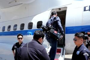[영상] 남측 취재단, 우여곡절 끝에 23일 남북 직항로로 방북