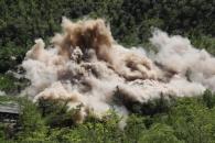 (영상) 풍계리 핵실험장 폐기..갱도 폭파 영상 공개