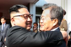 [속보]문재인 대통령, 김정은 위원장과 오늘 두번째 판문점 회담