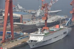 남중국해 中인공섬 인근서 美 함정 '항행의 자유' 작전